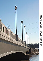 brug, lightposts, op, een, rivier
