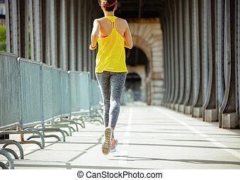 brug, vrouw, bir-hakeim, parijs, pont, de, sporten, jogging