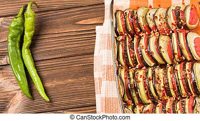 bruine , peper, vegetariër, ratatouille, houten, fotografie,...