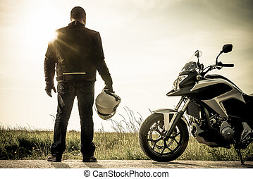 brumoso, biker, ocaso