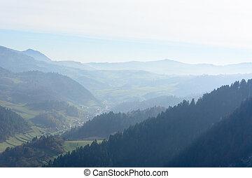 brumoso, mañana, en, montañas