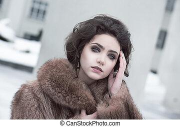 brun, brunette, manteau fourrure, jeune, sophistiqué, femininity., dehors, portrait