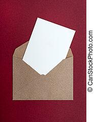 brun, kuvert, röd fond