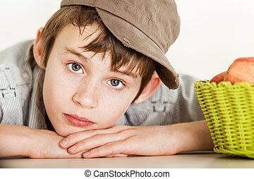 brun, porté, innocent, enfant, chapeau, dehors
