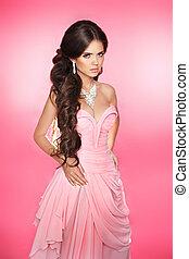 brunetta, ragazza, styling, capelli, fare, modello, attraente, ondulato, lungo