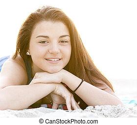 brunette, girl, plage, dans, sunrise.