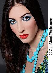 brunette, hos, turquoise, beads