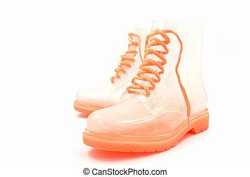 brus, boots., sluha, déšť