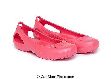 brus, sandály