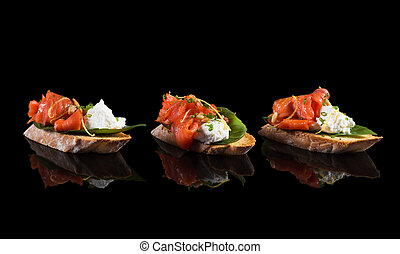 Bruschetta with salmon and soft cheese