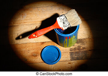brush  on tin can