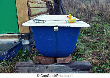 bathtub -  brutal outdoor bathtub photo