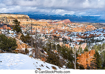 Bryce Canyon in early spring