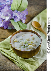 Bua Loy (Rice Dumplings in Coconut Milk) asian dessert