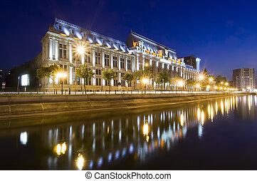Bucharest at night - night scene of Justice Palace,...