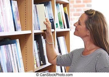 Buchhandlung, frau, Buch, Wählen