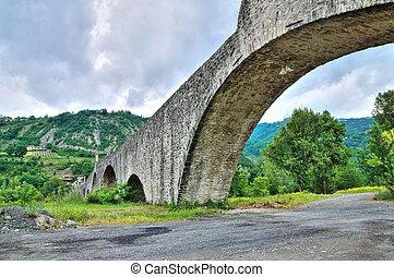 buckel, bridge., bobbio., emilia-romagna., italy.