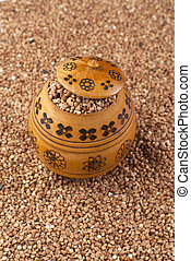 buckwheat in wooden pot