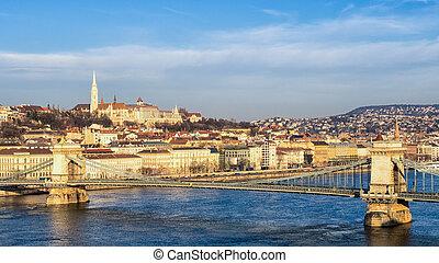 Budapest, Hungary chain bridge at sunrise