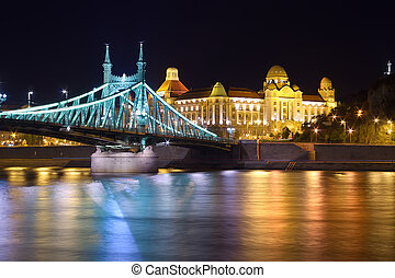 Budapest night bridge
