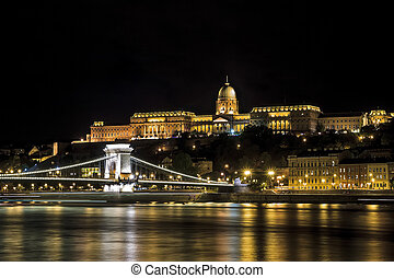 Királyi Palota and Chain Bridge Over looking the river Danube in Budapest
