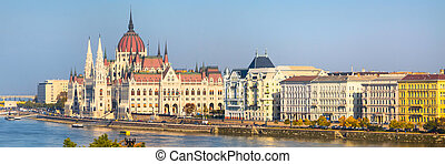 Budapest skyline panorama with Hungarian Parliament building and Danube river at sunset, Hungary