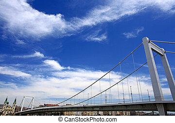 budapest, stadt, brücke, und, himmelsgewölbe