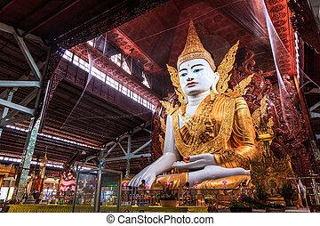 Buddha in Ngahtatkyi Pagoda in Yangon, Myanmar (Burma) They...