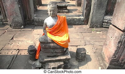 Buddha statue in Bayon temple - Bayon temple in Angkor...