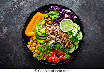 buddha, tigela, prato, com, arroz marrom, abacate, pimenta, tomate, pepino, repolho vermelho, grão-de-bico, fresco, alface, salada, e, walnuts., saudável, vegetariano, comer, super, alimento., vista superior