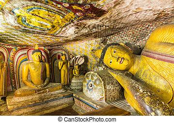 Buddhist Cave Temple, Dambulla, Sri Lanka