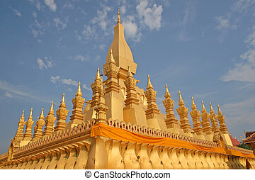 Buddhist monument - Pha That Luang - Buddhist monument in...