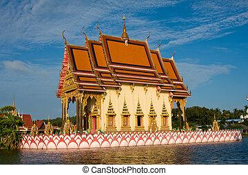Buddhistic temple on Koh Samui island, Thailand