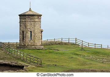 Compass Tower on the cliff top at Bude
