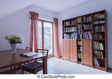 buero, mit, holztisch, und, bookstand