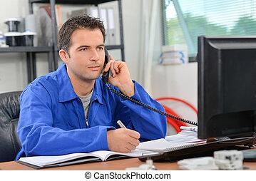 Builder making a call