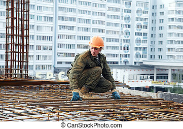 builder making reinforcement