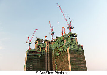 building and construction cranes