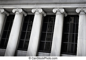 Building Bank Courthouse with Pillars Columns