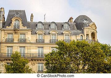 Building in Avenue des Champs Elysees, Paris, France -...