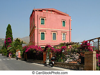 Building In Sicily - Typical colorful building in Taormina,...