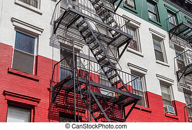 Building in the colors of the Italian flag in Little Italy, New York
