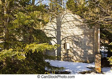 Building ruins Canada - Lamp house ruins with graffiti, at...