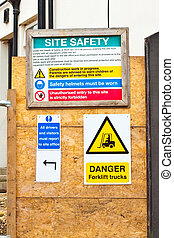 Building site signs - Safety notices at a construction site ...