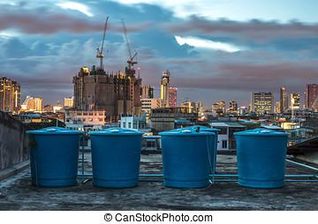 Building water storage tank