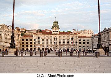 iazza Unità d'Italia, Trieste - Buildings of Piazza Unità...