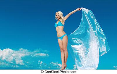 buitenshuis, vrouwlijk, hemel, portrait., haar, vrouw, verrukking, blauwe , geopend, volle, handen, jonge