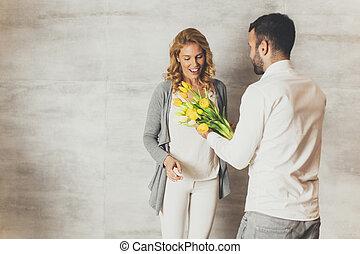 bukett, tulpaner, älskande, gul, par