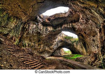 bulgaria, devetaki, cueva, aldea