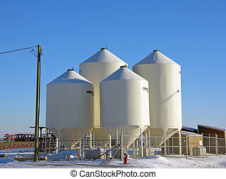 bulk tanks - tanks for holding bulk commodities